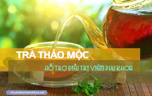 Uống trà thảo mộc điều trị bệnh viêm phụ khoa