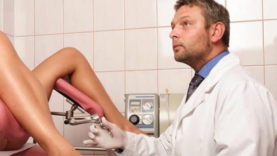 Ngại thăm khám phụ khoa vì gặp bác sĩ nam