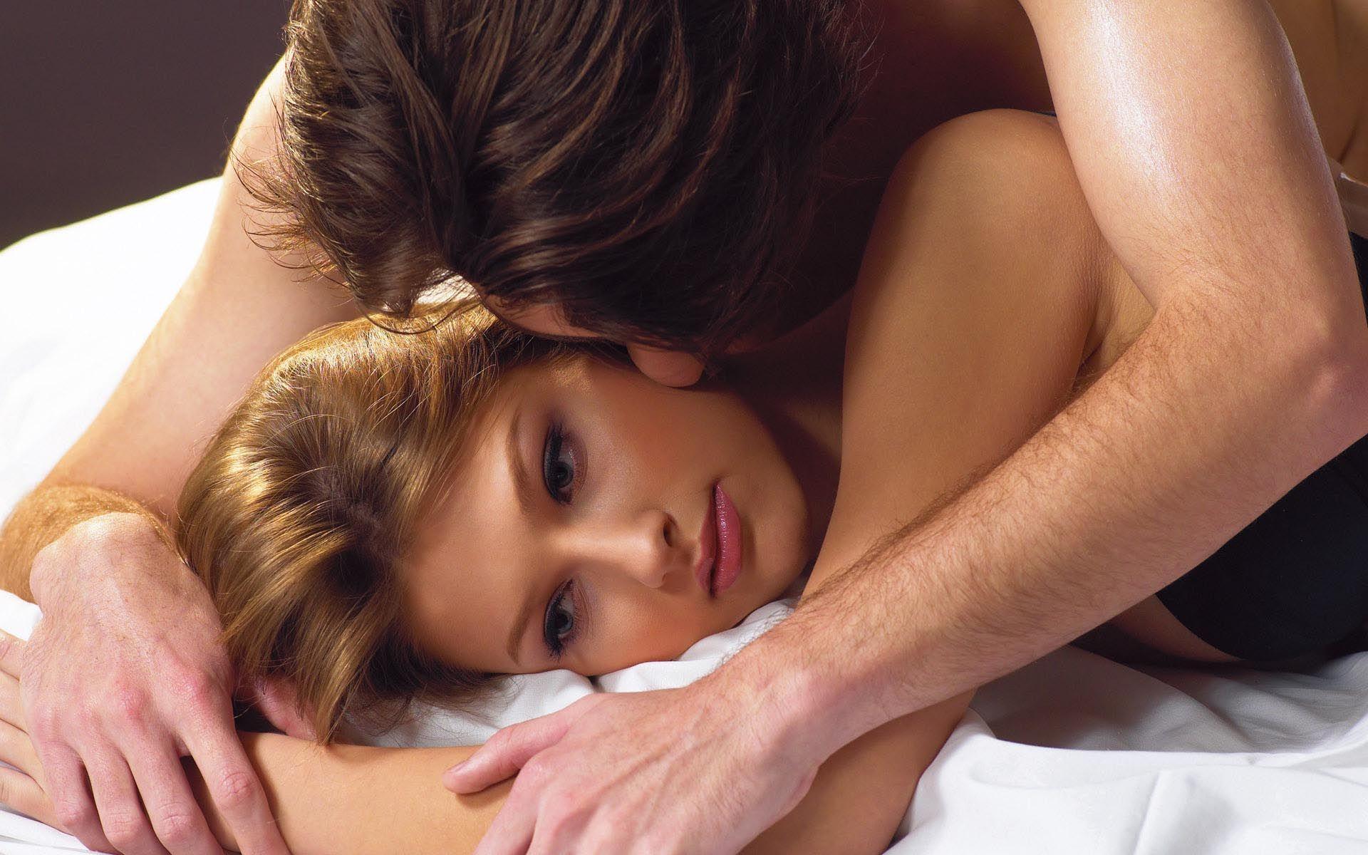 """Sự quẫn bách của người vợ phải 'ngủ' với anh chồng để """"xin con"""""""