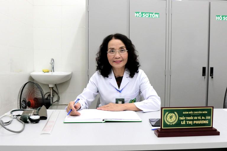 Thầy thuốc Ưu tú Lê Phương - hơn 40 năm kinh nghiệm điều trị bệnh Phụ Khoa
